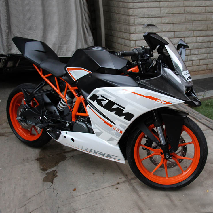 53 bhp from a ktm duke rc 390 mantra racing s remap india s most