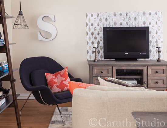 Organized-media-room-chair