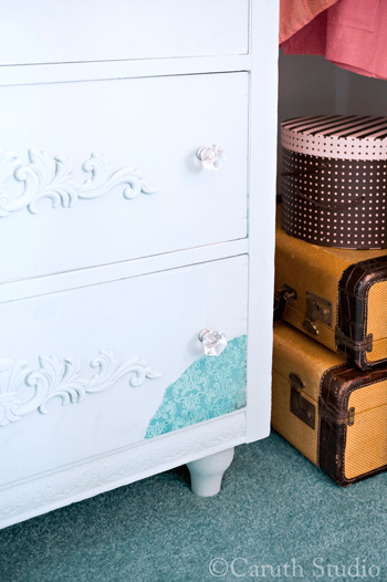 Chest-of-drawers-makeover-detail