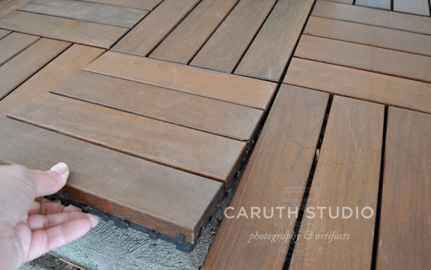 Alternating direction of hardwood tiles
