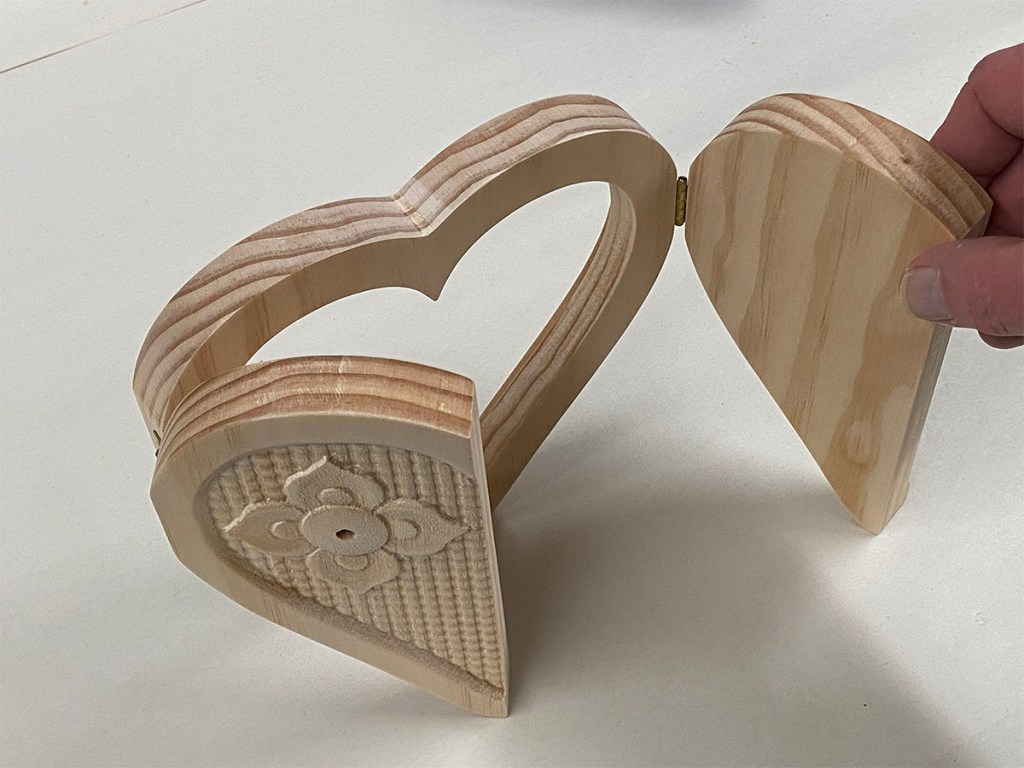 heart frame project hinges testing