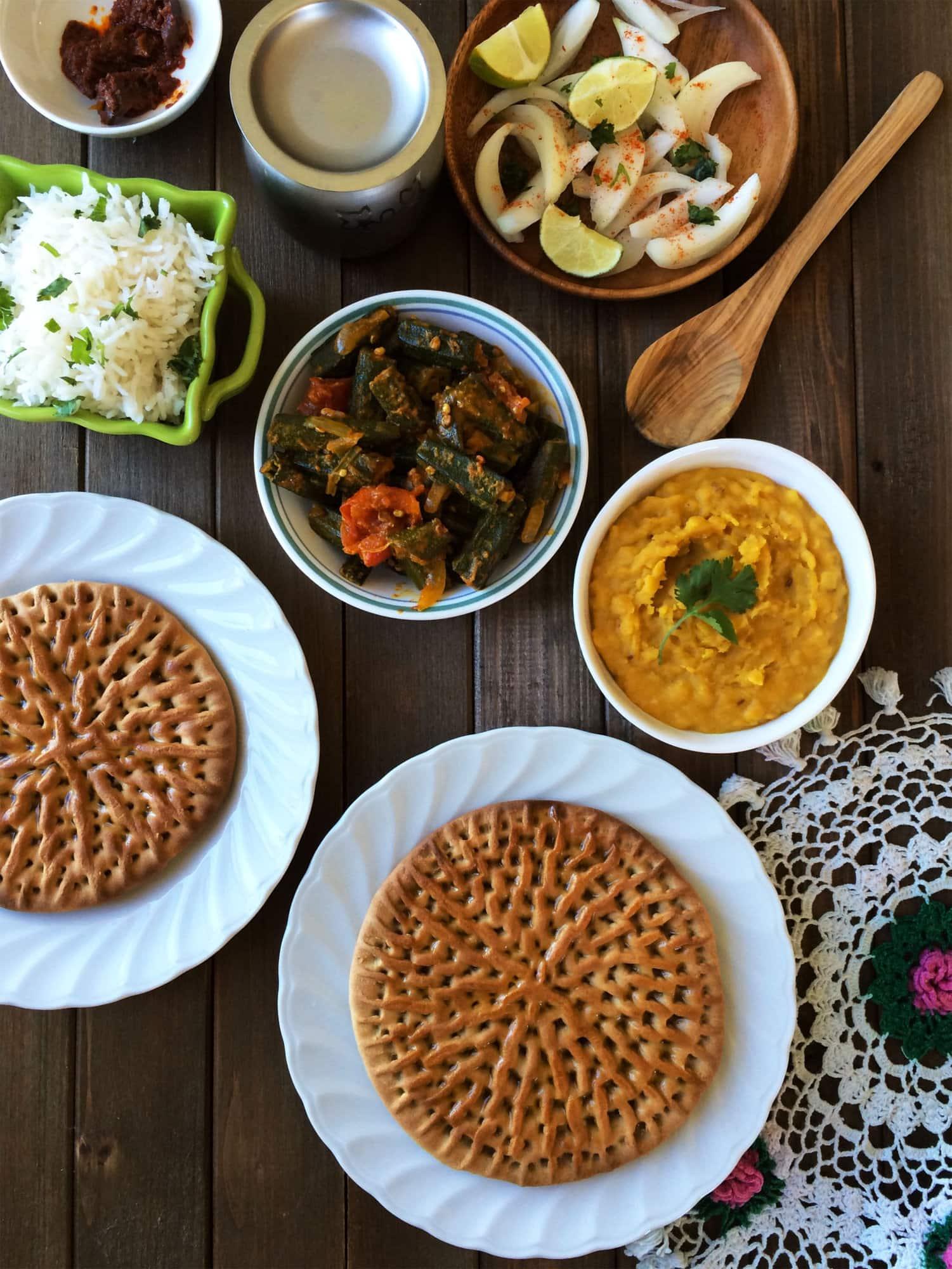 Rajasthani khoba roti