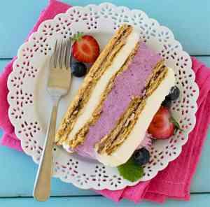 No-bake-mixed-berries-icebox-cheesecake-#strawberrycheesecake