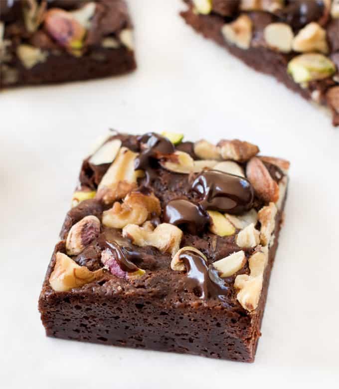 Eggless fudgy cocoa brownies| Simple Vegan brownies