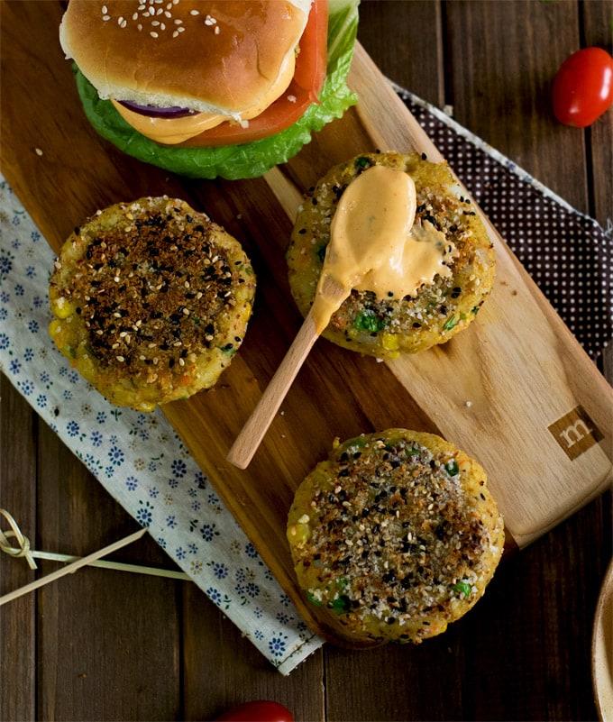 Veggie-aloo-tiki-burgers-vegan