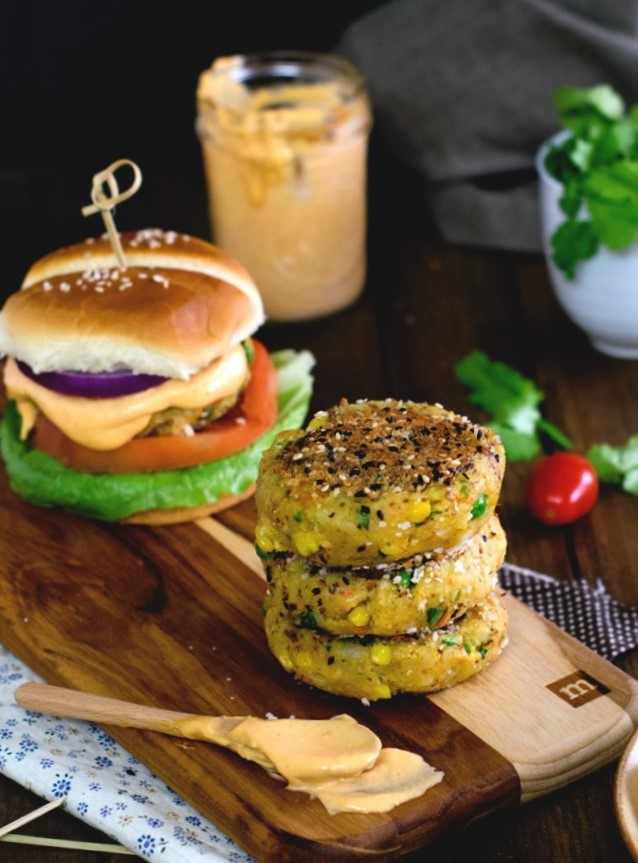 3 ingredient killer vegan burger sauce