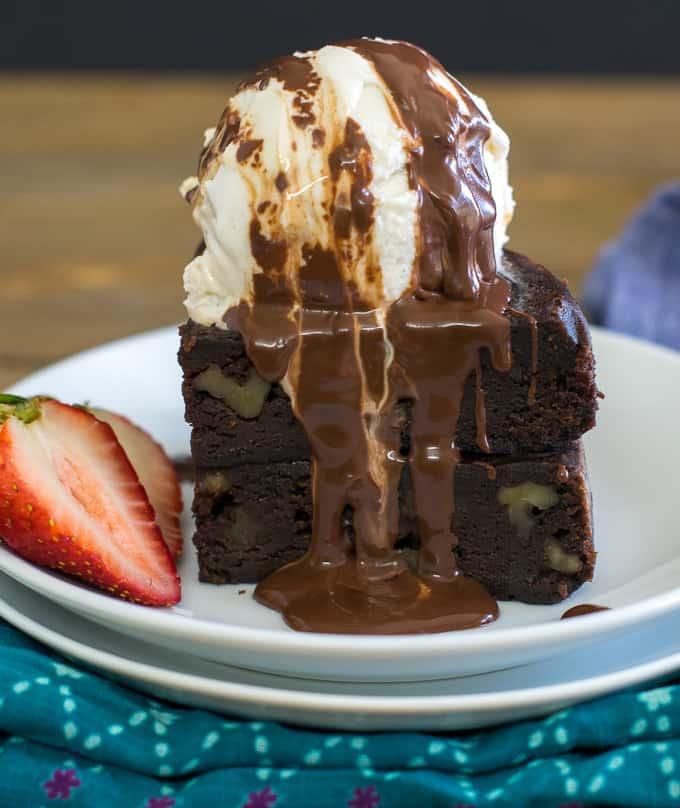 Instant Pot brownie cake / pressure cooker vegan chocolate brownies