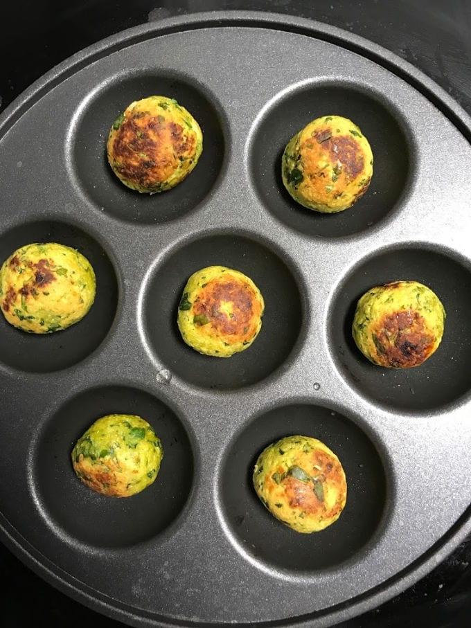 Muthiyas made in paniyaram pan