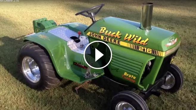 V Twin John Deere 216 Garden Tractor