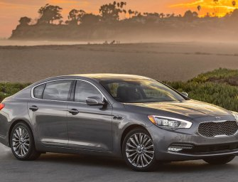 The Kia K900 Is Convincing In The Luxury Sedan Role
