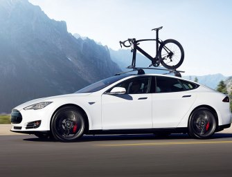 Tesla Offers Incentives To Test  Social Marketing