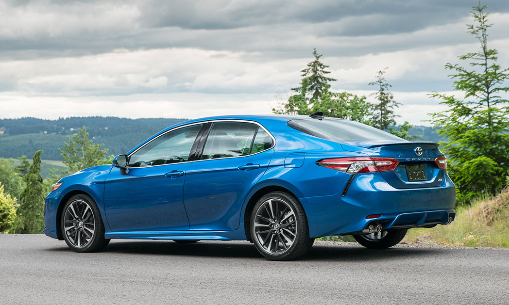 https://i1.wp.com/www.carvisionnews.com/wp-content/uploads/2017/12/toyota-camry-seeks-a-reset-in-the-waning-days-of-the-sedan.jpg?fit=1048%2C629