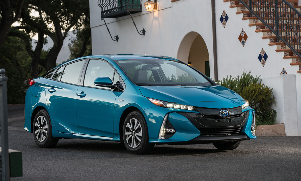 https://i1.wp.com/www.carvisionnews.com/wp-content/uploads/2018/02/the-toyota-prius-prime-captures-market-share-with-tech-tradition.jpg?fit=1048%2C629