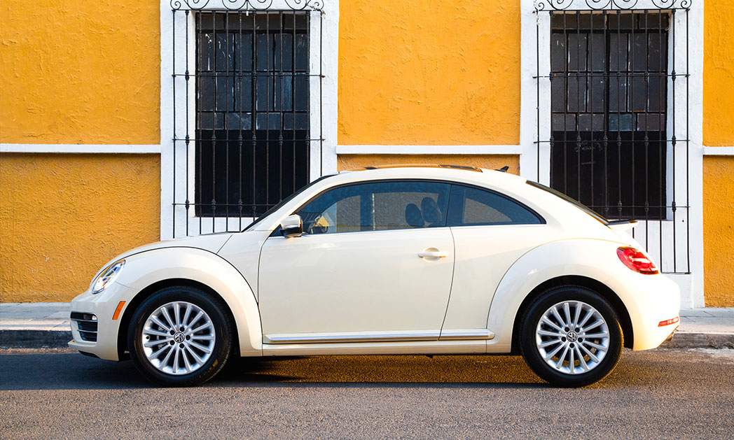 https://i1.wp.com/www.carvisionnews.com/wp-content/uploads/2019/02/2019-vw-beetle-final-edition.jpg?fit=1048%2C629