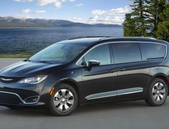 Chrysler Pacifica Hybrid Rethinks the Power of the Minivan