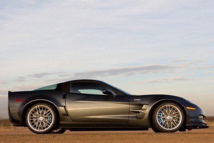 2009-chevrolet-corvette-zr-1_2.jpg