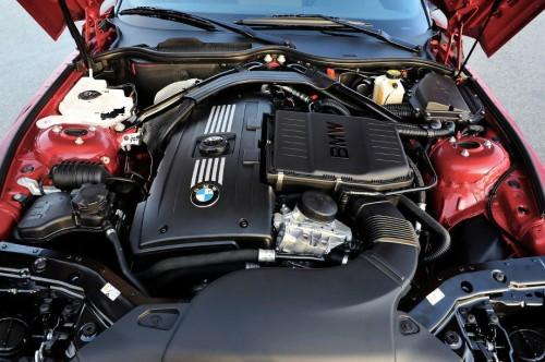 BMW Z4 sDrive35is_engine