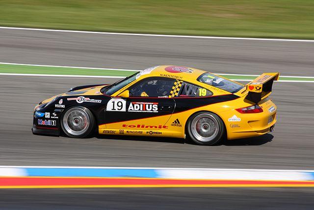 Porsche_race_car