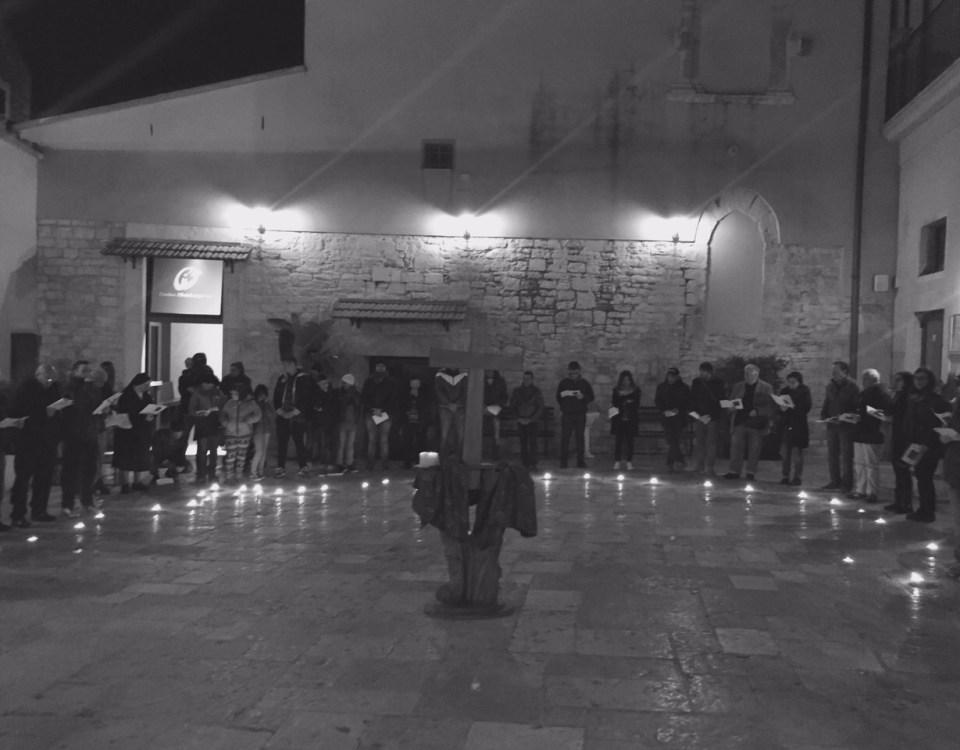 Casa Accoglienza - Cortile - Commemorazione