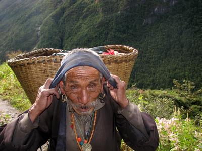 anciano nepali