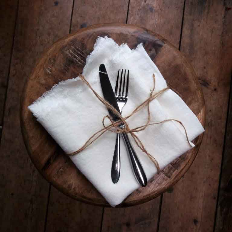 Witte tafelloper van linnen - Casa Comodo