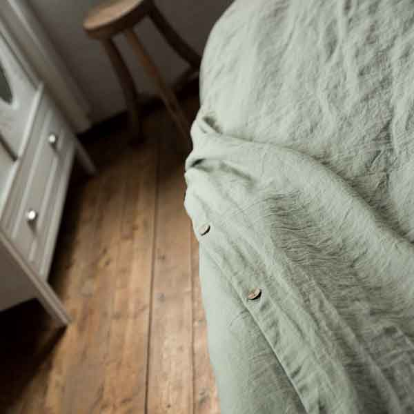 linen fitted sheet and duvet cover Wildsage - lime green - for sale online at Casa Comodo