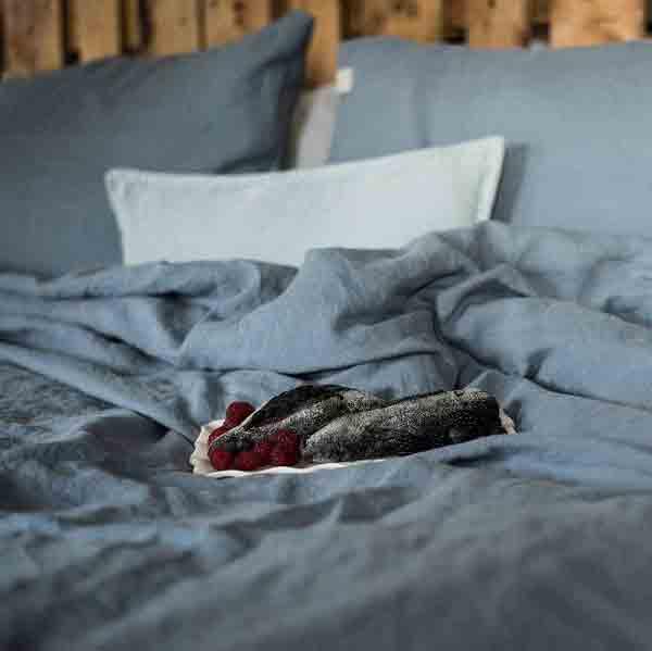 Linnen dekbedovertrek Blue Fog - blauw - online te bestellen bij Casa Comodo