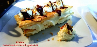 Puff pastry with white chocolate cream and Nutella casting