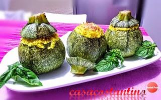 Zucchine tonde ripiene di riso basmati e salsiccia