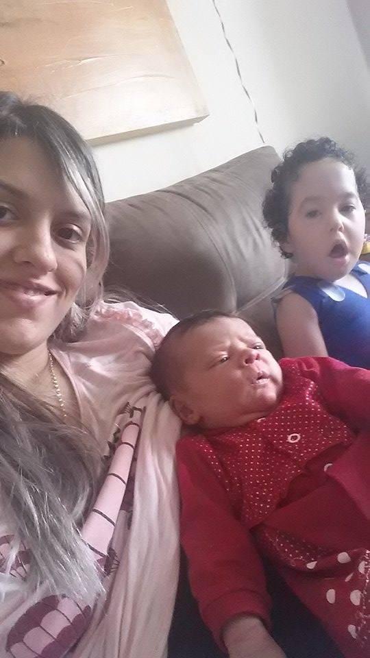 jovem mãe - criança com deficiência- casadaptada