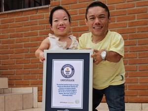 Casal recebeu reconhecimento do recorde dois meses após casamento (Foto: Caio Gomes Silveira/ G1)