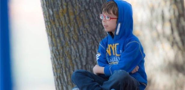David, de 9 anos, foi diagnosticado aos 21 meses com a desordem