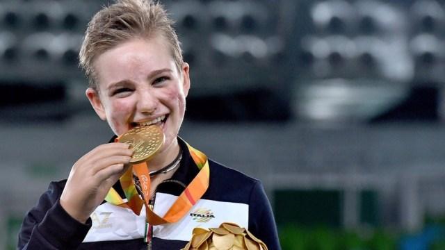 Após ter pernas e braços amputados aos 11 anos, Beatrice virou atleta paralímpica (Foto: Arquivo pessoal/Augusto Bizzi)