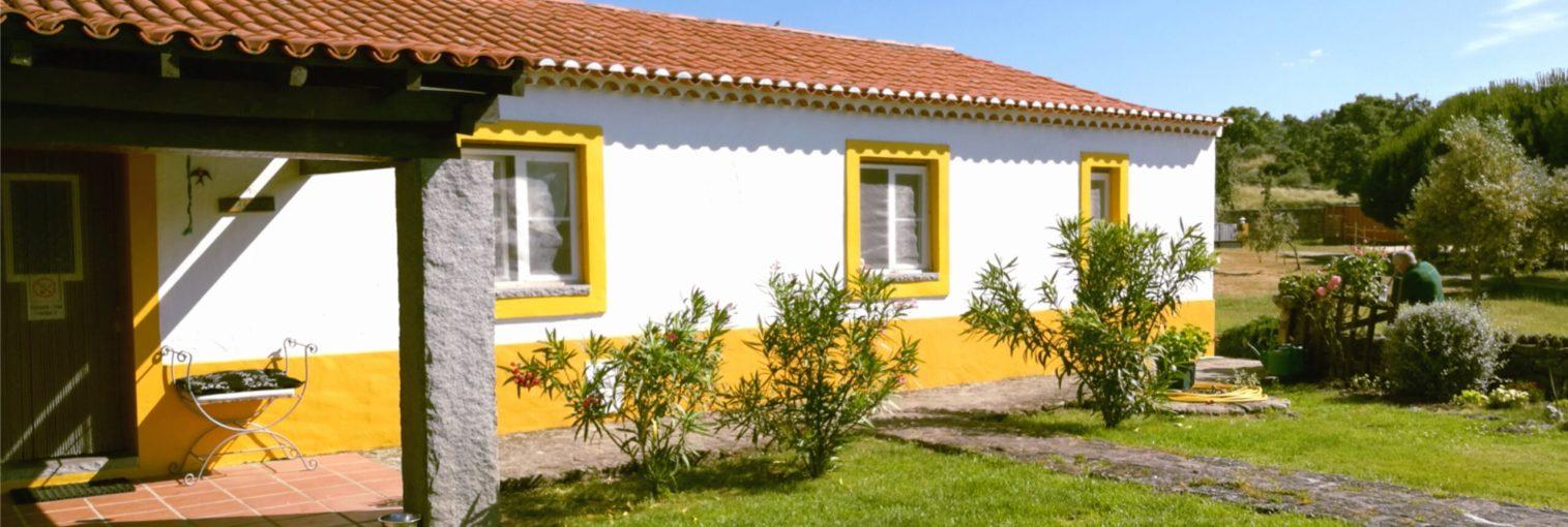 Casa das Amoras House