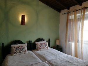 Casa das Amoras Green Bedroom