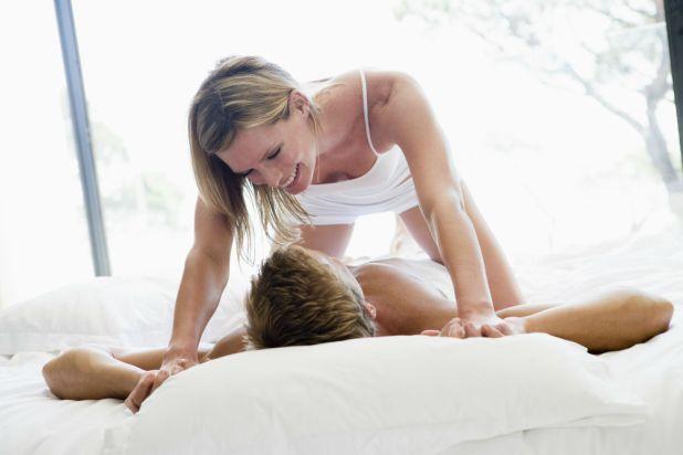 6 posições sexuais que os homens adoram na cama