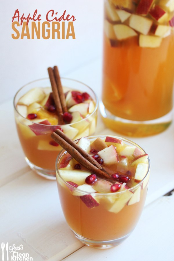 Apple Cider Sangria - my fave recipe! {here}