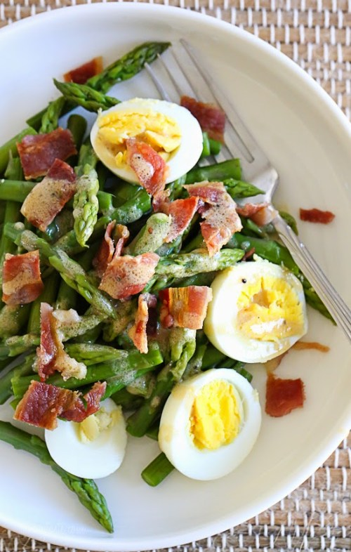 asparagus egg and bacon salad