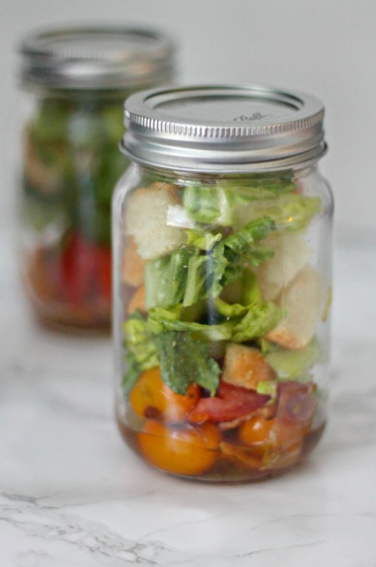 Panzanella BLT in mason jar #SundaySupper #GalloFamily