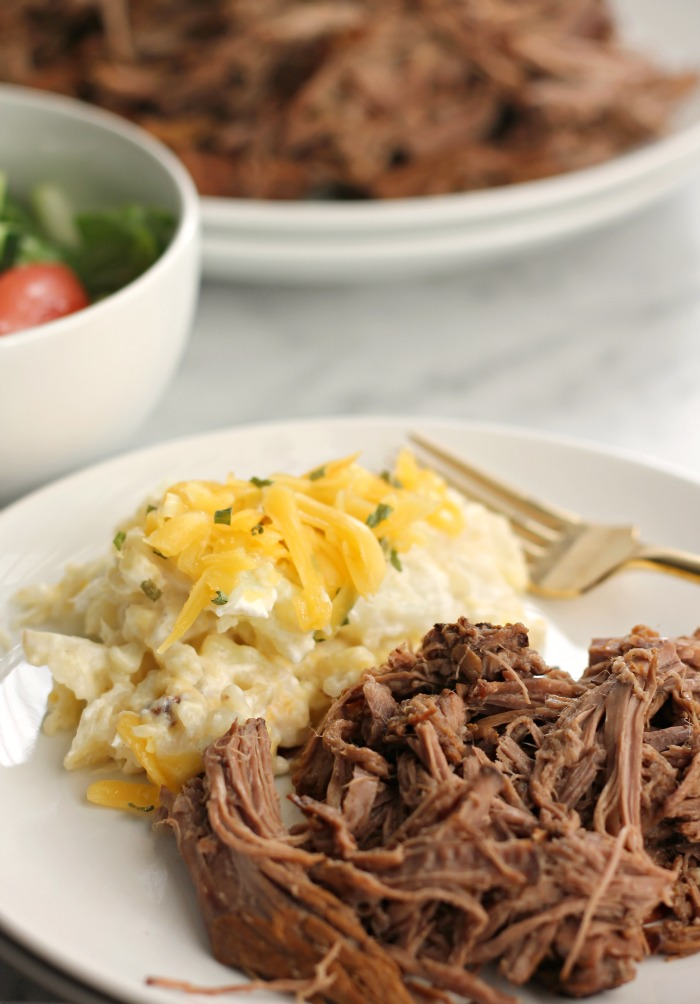 Crockpot Balsamic Roast Beef for #WeekdaySupper