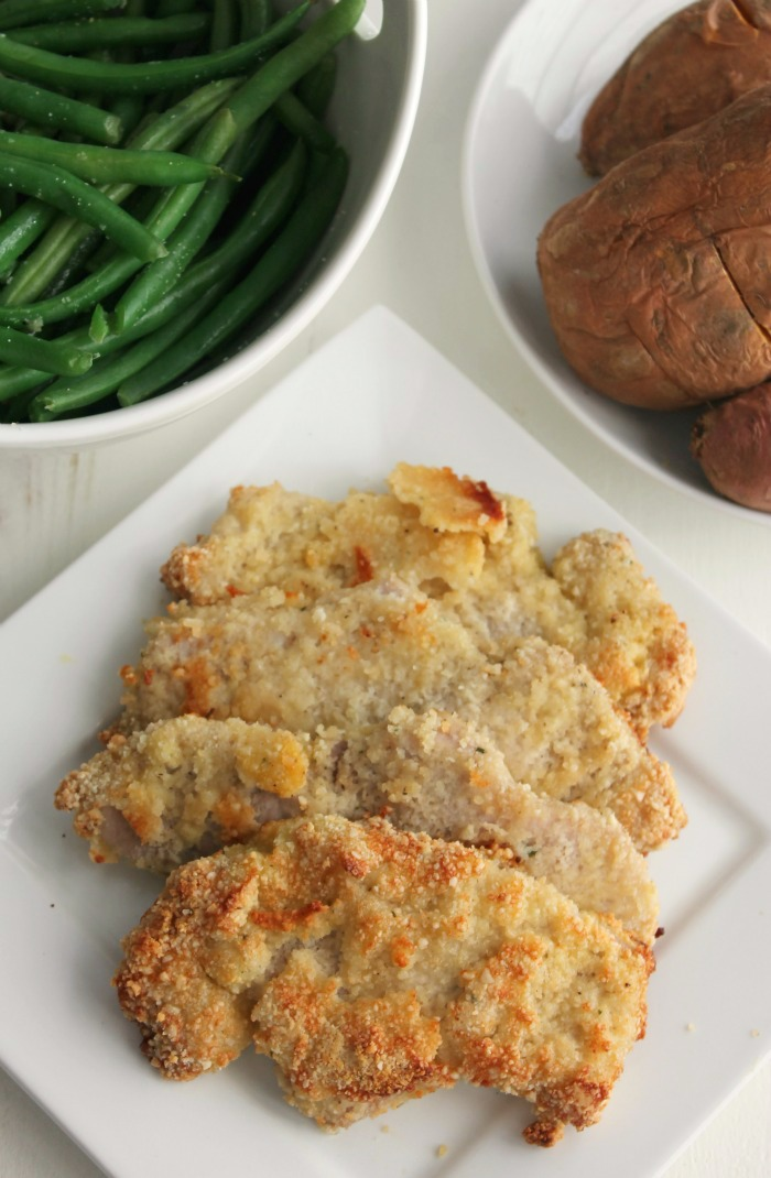 Almond Breaded Pork Chops #SundaySupper