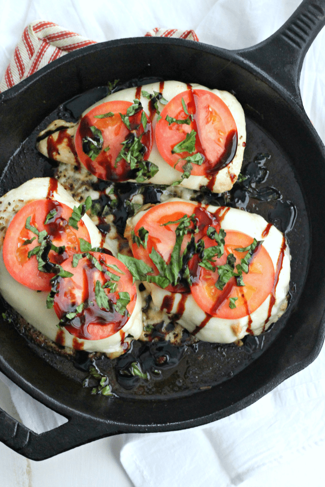 Chicken Caprese Skillet with fresh basil, and balsamic | casadecrews.com