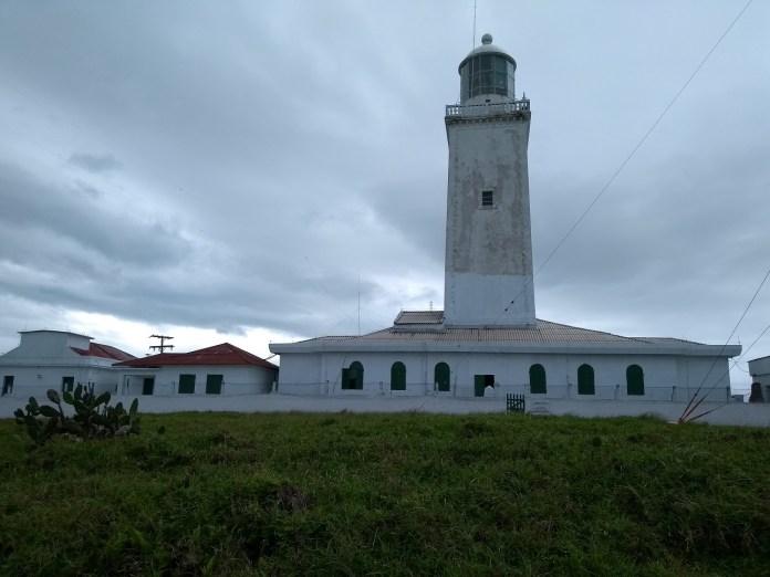 Laguna Santa Catarina Farol de Santa Marta