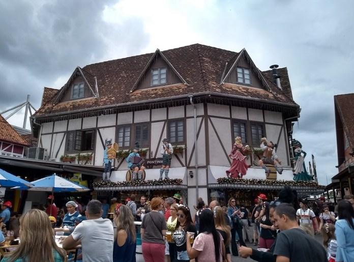 Oktoberfest Blumenau Vila Germânica