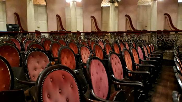 Teatro Amazonas cadeiras da platéia