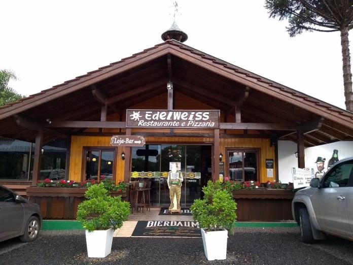 Restaurante Edelweiss, Treze Tílias