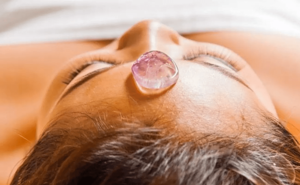 heal your chakra with crystals