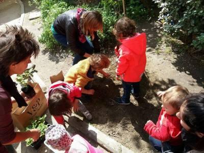 Ludoteca INTORNO AL CORTILE per bambini  0-6 anni e le loro famiglie