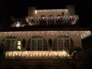 Casa Decorated for Christmas