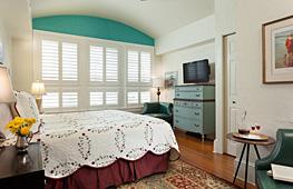 Click for Granada Room details